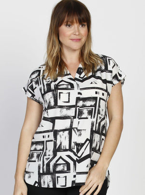 Angel Maternity Relax Fit Short Sleeve Blouse - Black & White Print