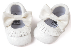 Baby Bow Fringe Mocs - White - Three Bears Kids