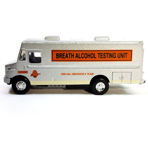 Breath & Alcohol Testing Unit MT-55 Van Special Emergency Team 1/87 HO Scale