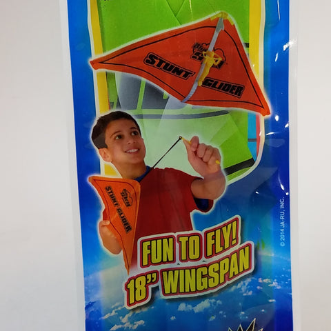 BLUE SKY STUNT GLIDER GREEN FIGURE IN HAND-GLIDER LAUNCHING FLYING TOY