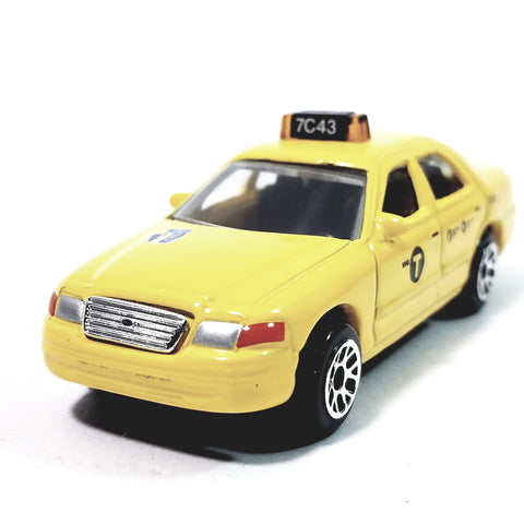 Daron NYC Ford Crown Victoria Yellow Medallion Taxi Cab 1/64 Scale Diecast Car