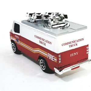 Daron FDNY Fire Dept Communications Center Vehicle 1/64 S Scale New York