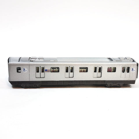 Daron MTA 2011 New York City E Train Queens To World Trade 7.5 Diecast