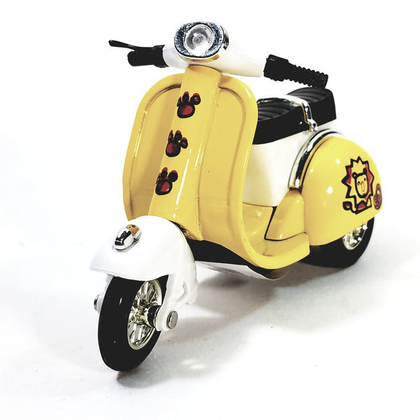 "Sunnyside Yellow 2010 Vespa Scooter 1/18 Scale 4"" Diecast"