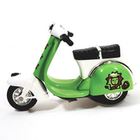 "Sunnyside Green 2010 Vespa Scooter 1/18 Scale 4"" Diecast"