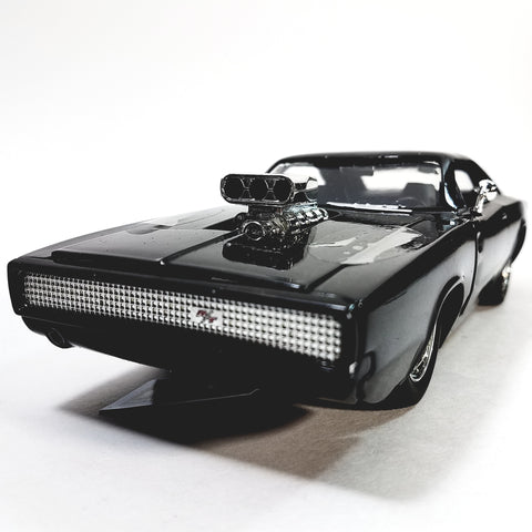 Jada Fast & The Furious Dom's 1970 Black Charger with Engine Blower 1/24 Scal...