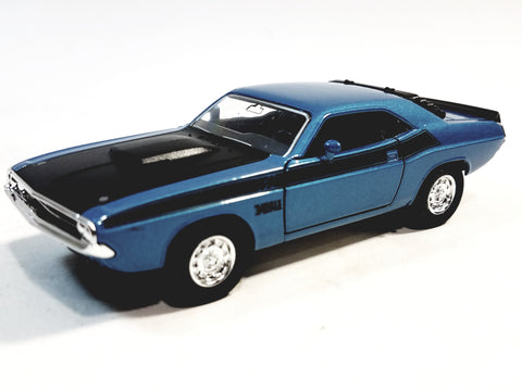 Welly Dodge Challenger Trans Am 1970 Powder Blue Hard Top 1/38 O Scale Diecast Car