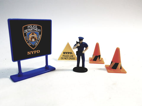 Daron New York City NYPD Policeman  Figure Cones & Two Sign Accessory 1/64 S Scale (No Box)
