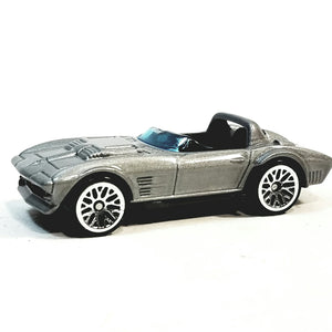 Hot Wheels Fast & The Furious 5 Dom's Silver Corvette Grand Sport Roadster 1/64 Scale Diecast Car