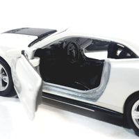 "Welly Chevy Camaro ZL1 White Hard Top 4.5"" Scale Diecast Car"