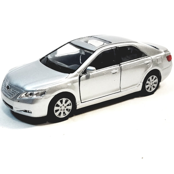 "Welly. Toyota Camry Silver 2 Door Hard Top 4.5"" Scale Diecast Car"