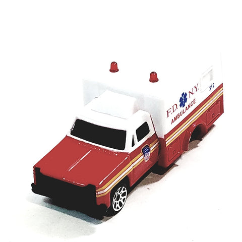 Daron FDNY 312 Fire Dept Ambulance 1/64 S Scale New York City Diecast Truck