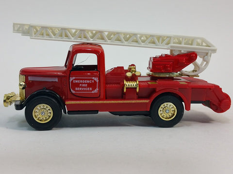 "Showcast Classic Red & Gold Fire Engine  Ext Ladder 6"" Diecast Truck"