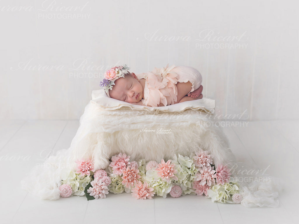 Newborn Digital Backdrop - Little white bed with pretty flowers