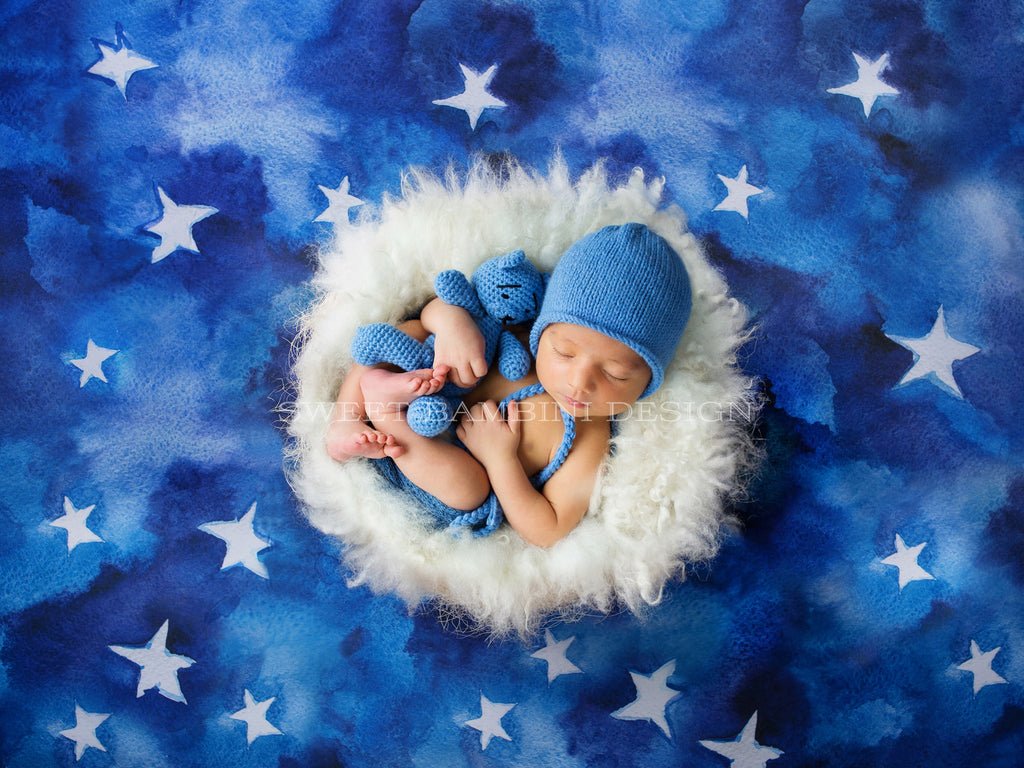 Newborn Digital Backdrop for boys or girls - White Fluffy Nest with Blue Starry Background