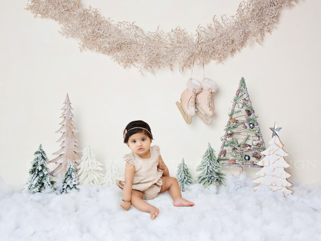 Sitter Christmas Digital Backdrop - Creams and neutrals