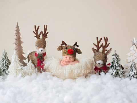 Newborn Christmas Digital Backdrop - Snowy Reindeer