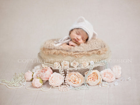 Little Vintage Nest - Newborn Digital Backdrop - Organic Warm tones Vintage nest with pearls