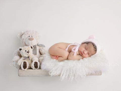 Newborn Digital Backdrop- Chunky White Shelf with Cute Teddy Bears