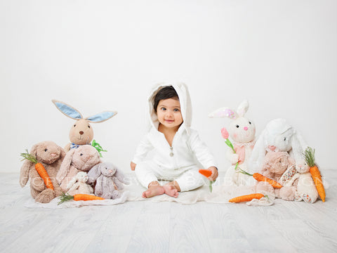 Easter Sitter Digital Backdrop - Cuddly Bunny Easter Scene