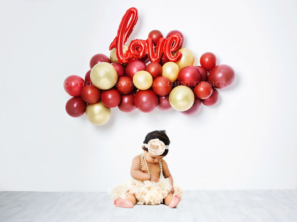 Valentines Day Digital Backdrop for sitting babies and older kids - LOVE Balloon Garland