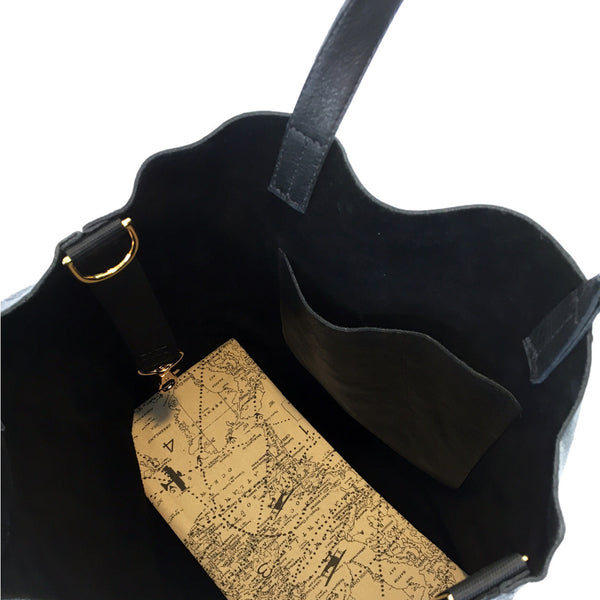 ALPHA Black Leather Pilot Flight Tote Bag with gold hardware and a removable organizer.  Inside view.  Heavy duty with style.  Perfect for pilots, general aviators, or anyone that likes an organized tote bag.