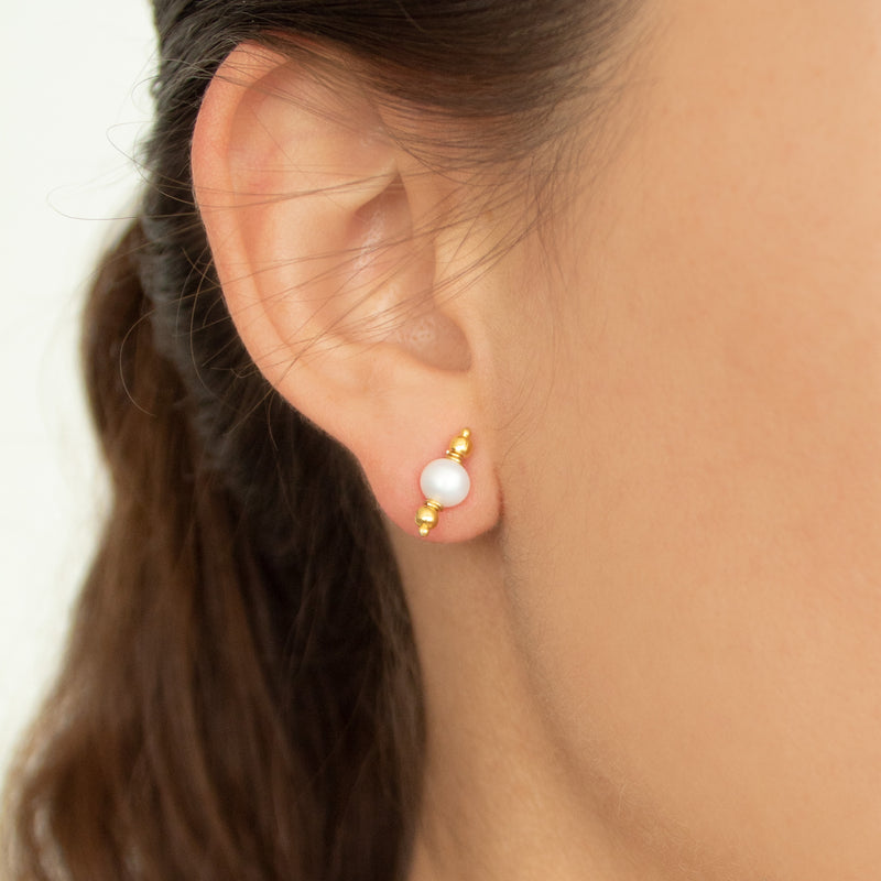 Mithaee Studs | Tiny Pearl