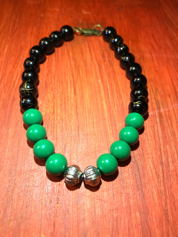 GREEN & BLACK ENEGRY BEADS BRACELET