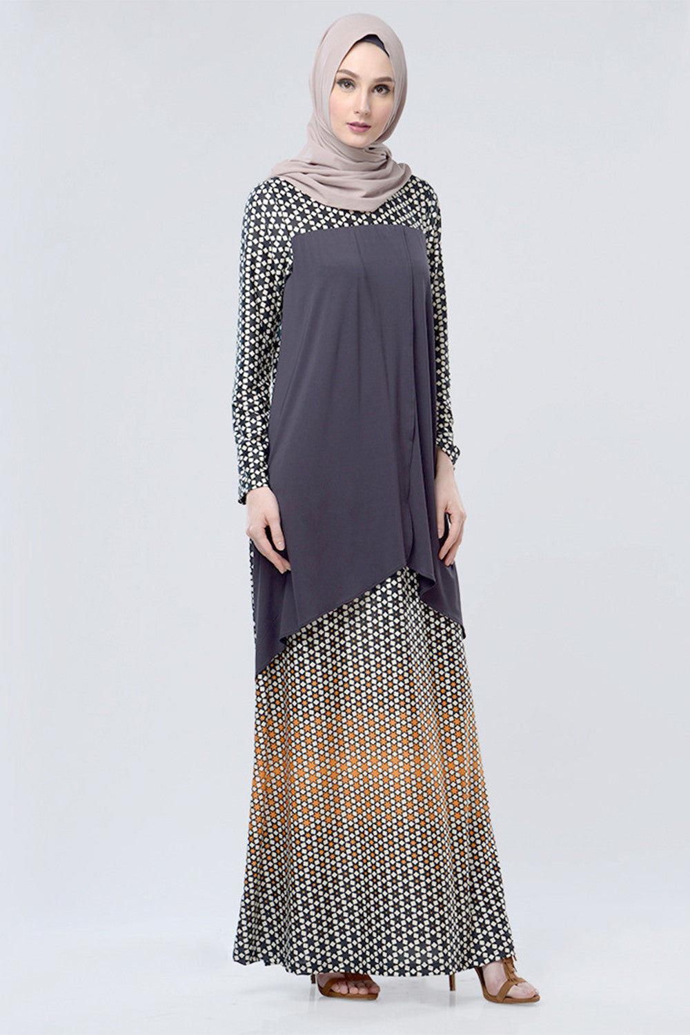 Raedhita Dress