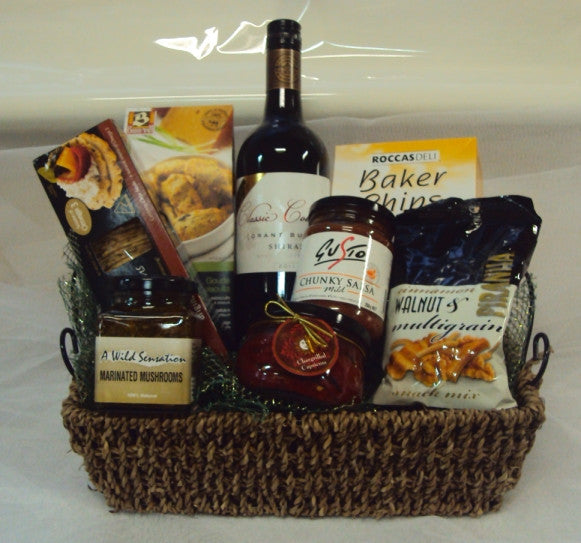 H124 Savoury and Wine Gourmet Hamper