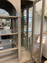 Molten Display Cabinet with glass and light