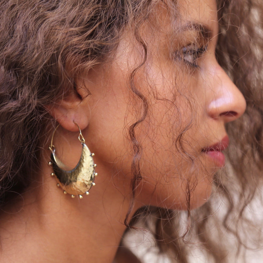 Hebba Crescent Hoop Earrings - Hamimi Design
