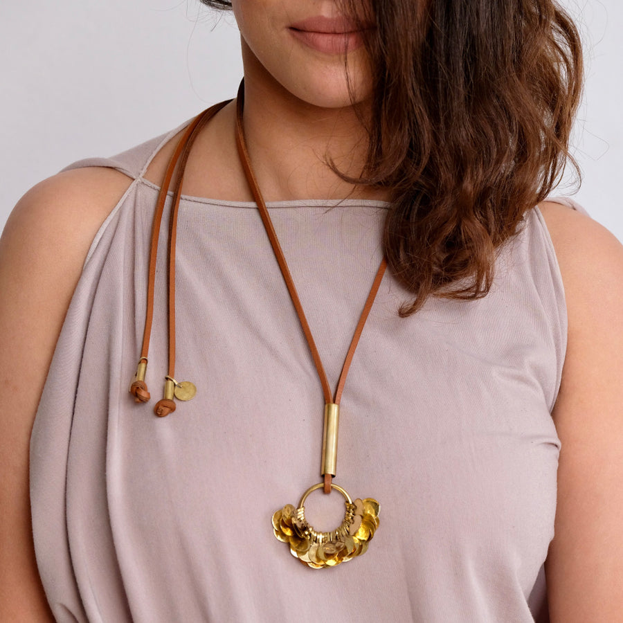Floos Cluster Pendant Necklace