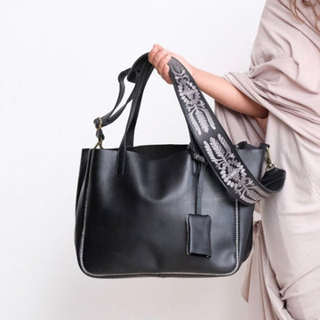 Sarma Large Tote - Black