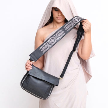 Sarma Shoulder Bag - Black
