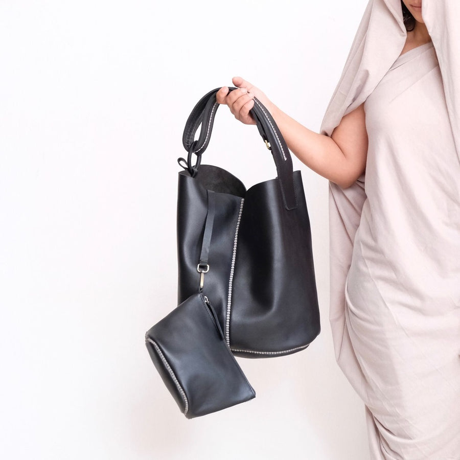Sarma Bucket Bag - Black
