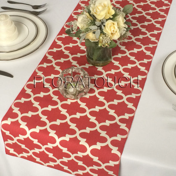Moroccan Quatrefoil Lattice in White and Red Table Runner