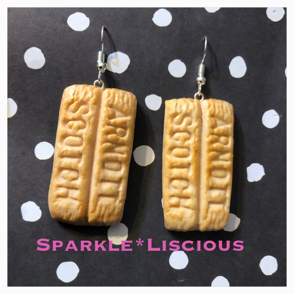 Scotch finger biscuit earrings