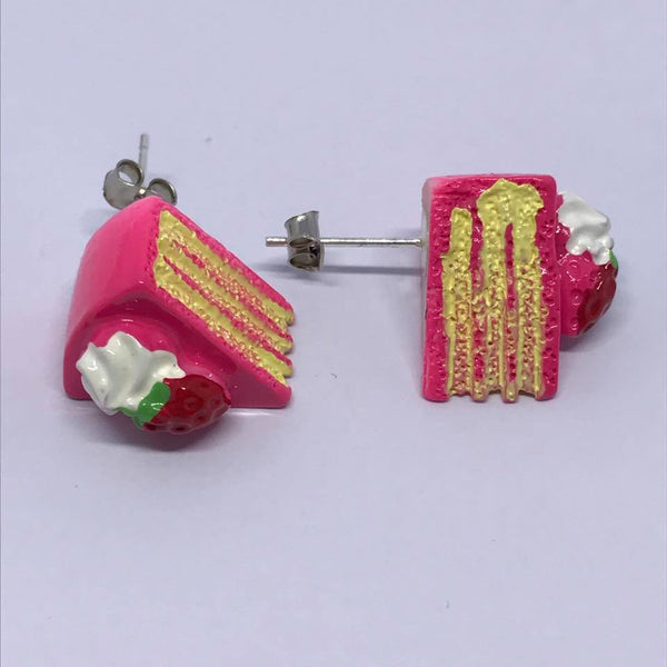 raspberry cake stud earrings