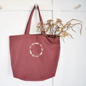 Linen embroidered bag