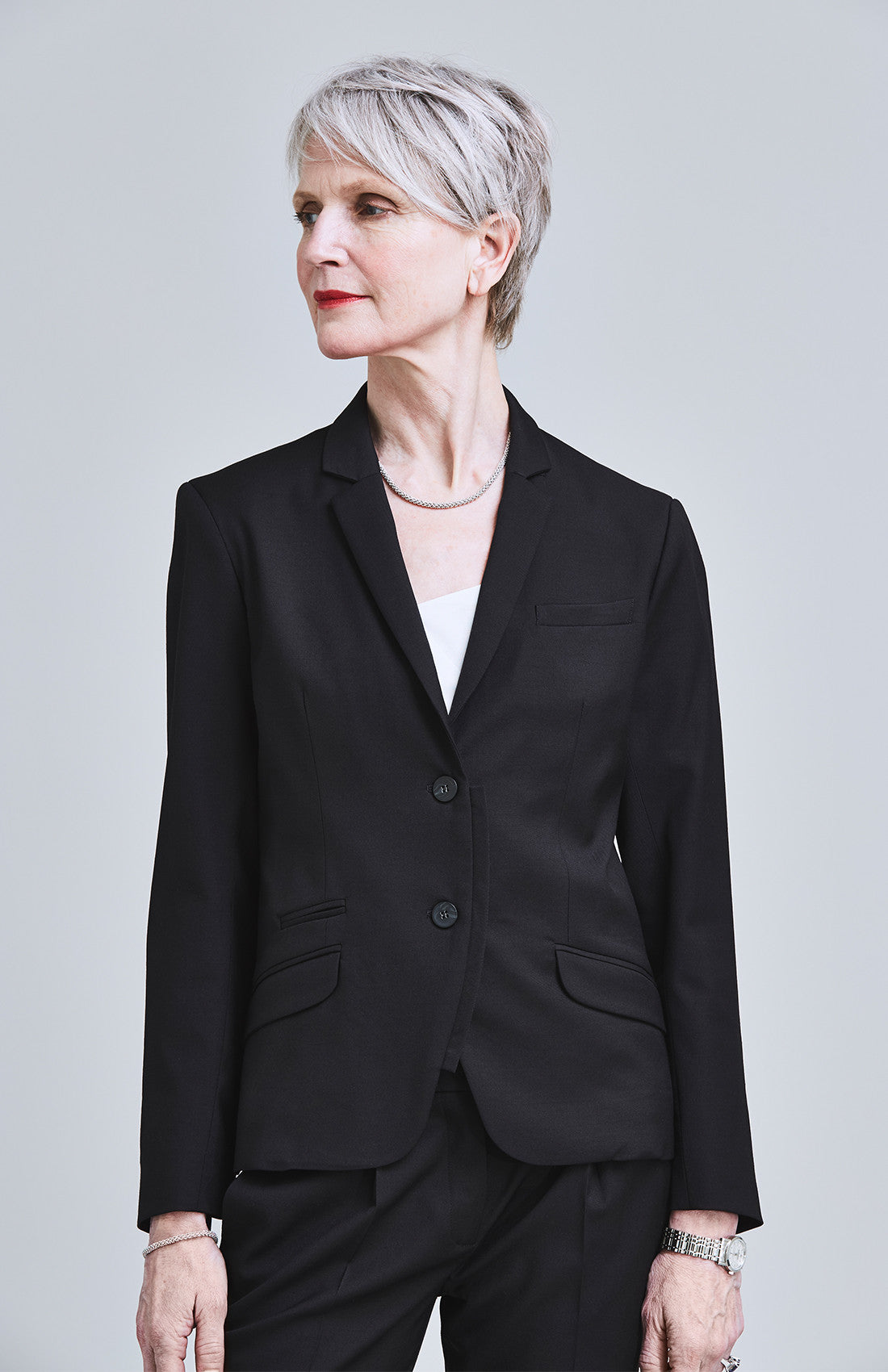 RESOLUTE CLASSICALLY TAILORED WOOL SILK JACKET BLACK