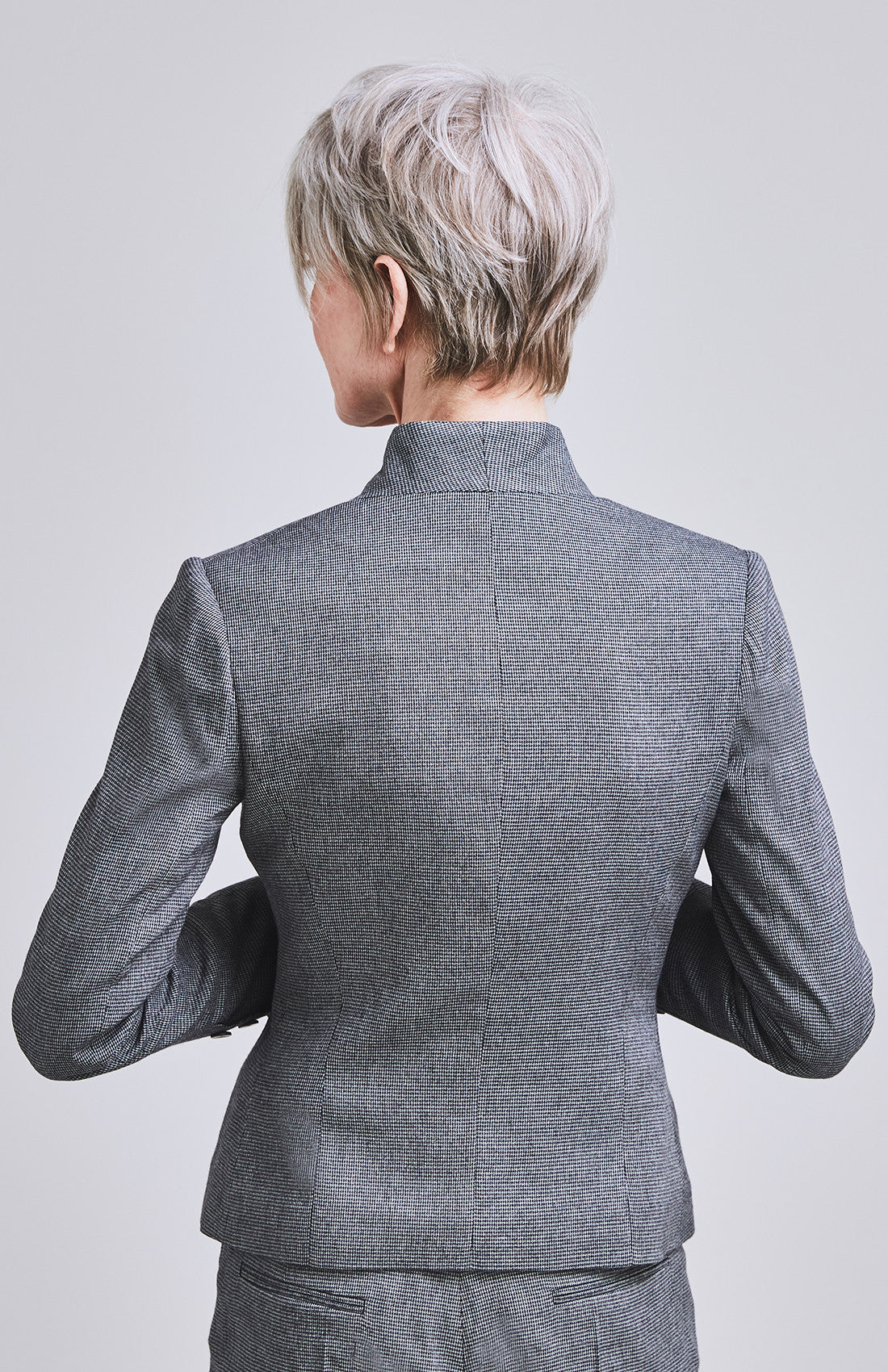 Herringbone feminine tailored fitted suit jacket for work