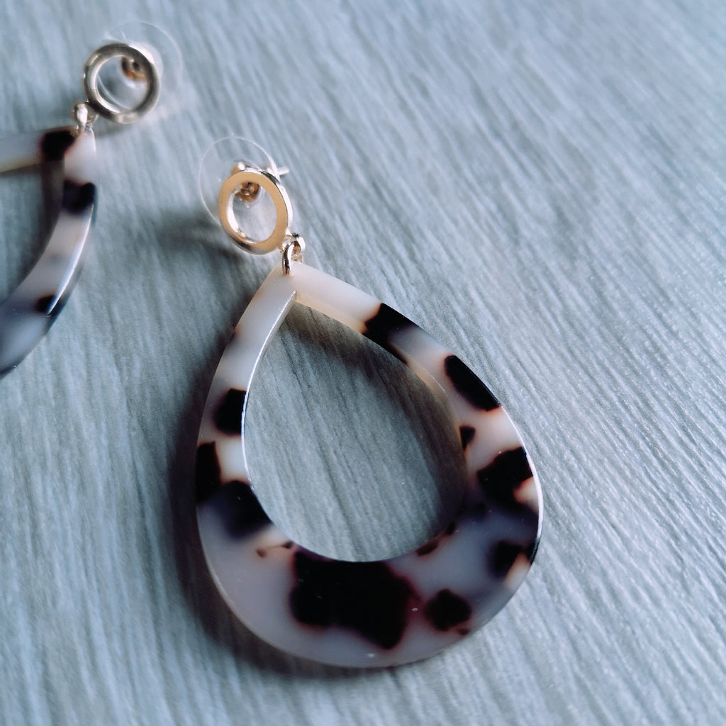 Tortoiseshell Resin Teardrop Earrings