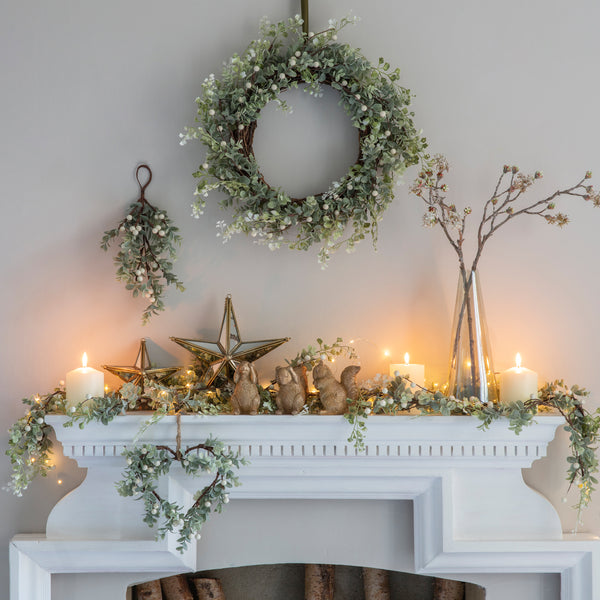 Winter White Berry Garland