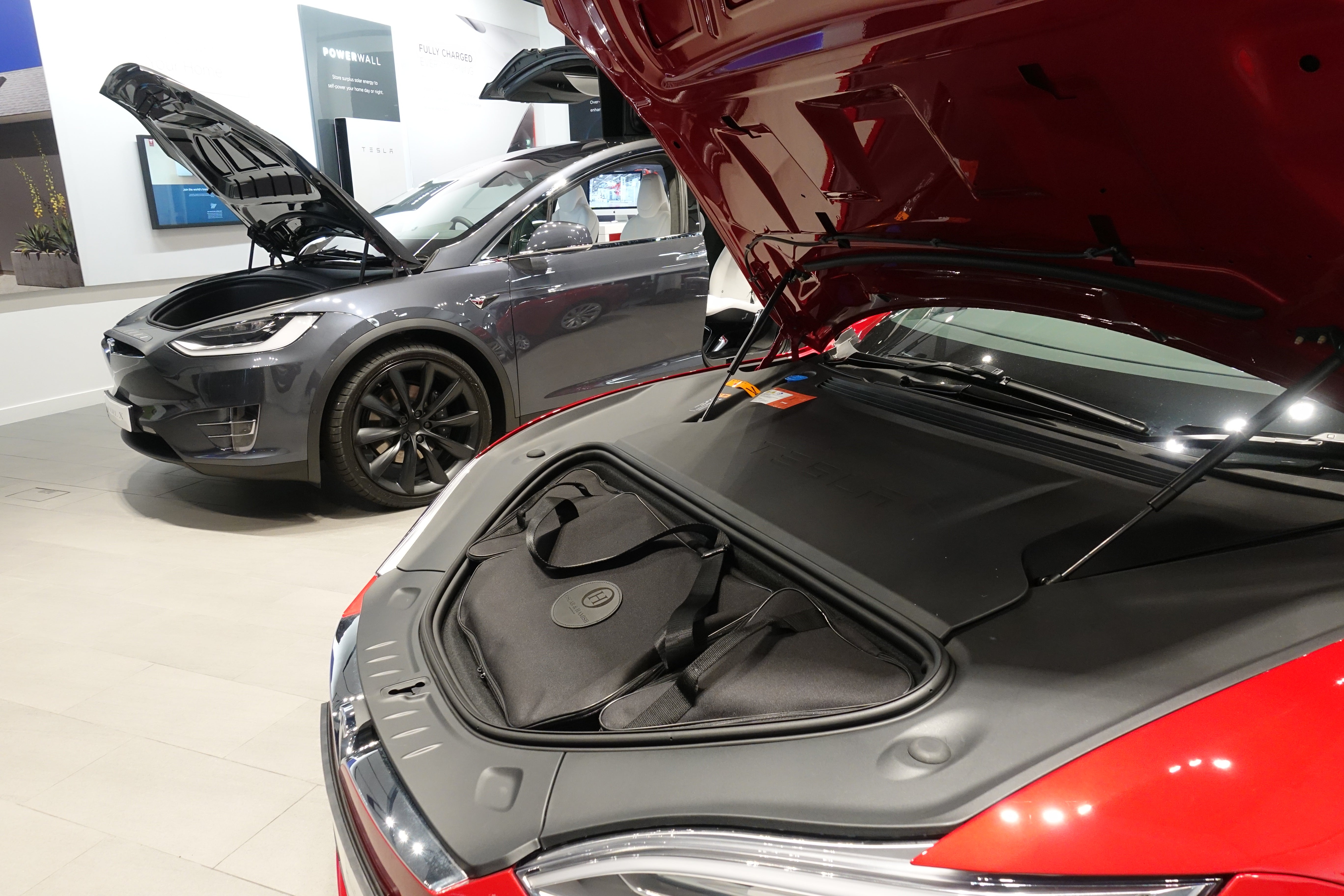 Tesla Model S 3 piece bespoke tailored luggage solution for