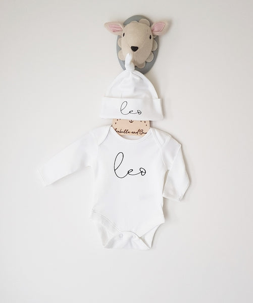 Scribble name - New Baby - Gift set - hat and bodysuit
