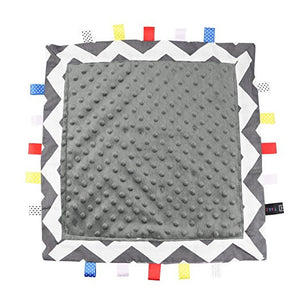 TAGZ Blanket (Grey Zigzag with Grey Dot-Minky)