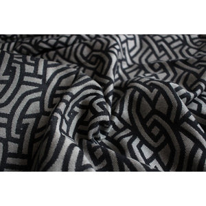 Yaro Braid Black Natural Seacell Woven Wrap