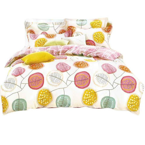 Yellow & White Pure Cotton Double Bedsheet With Pillow Covers