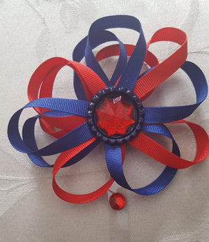 Fireworks Loopy Flower Badge